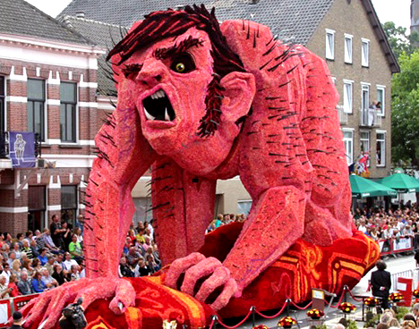 Millions of Dahlias Decorate Mammoth Floats for Dutch Parade – www.OldHouseGardens.com