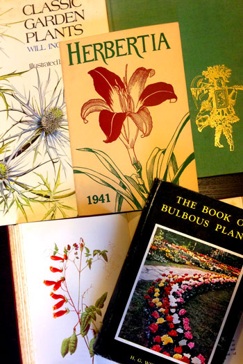Save 66% on Thousands of Garden Books – www.OldHouseGardens.com