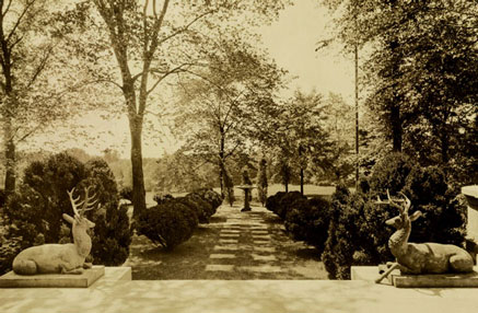 'Jersey's Beauty' and the Millionaire Gardeners of Sewickley – www.OldHouseGardens.com