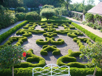 Learn (and Have Fun) at the 2017 Mount Vernon Symposium – www.OldHouseGardens.com